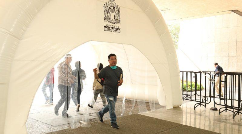 Refuerza Monterrey medidas preventivas por COVID en Palacio Municipal