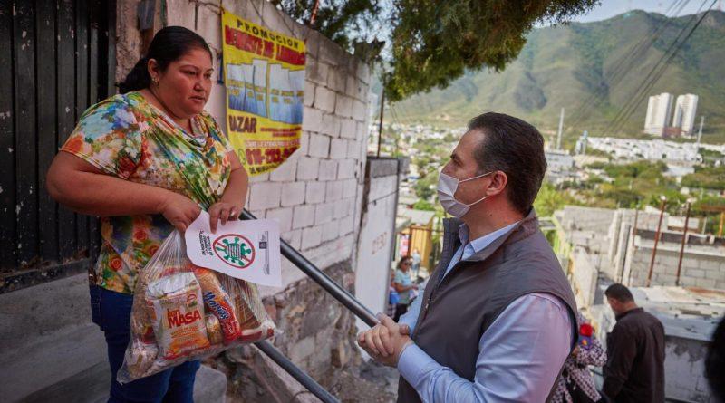 Continúa Monterrey con la entrega de paquetes alimentarios